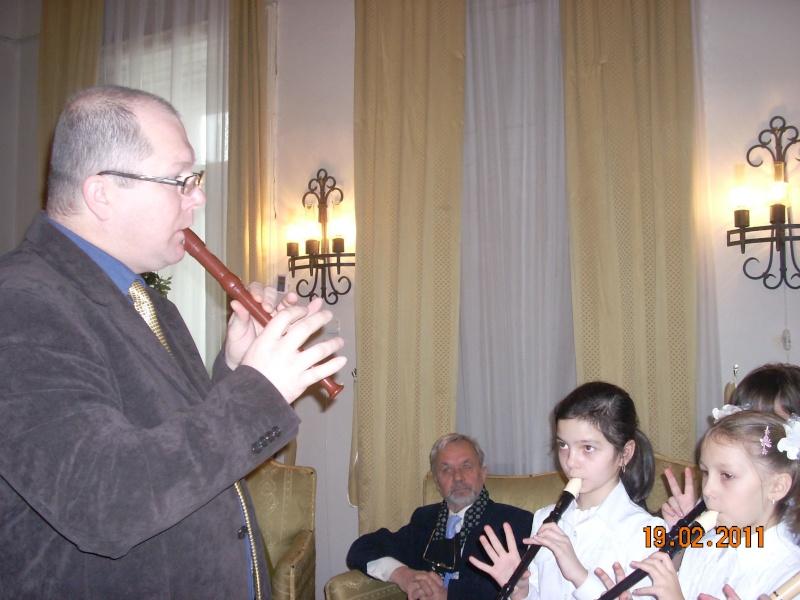 """19 februarie 2011-Sedinta a X-a Cenaclului U.P.-lansare de carte-""""Paralelele Sufletului""""-Florin Stratulat Cenacl43"""