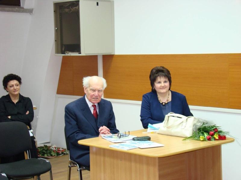 Să  ne amintim de profesorul Alexandru Husar şi să sărbătorim un prieten la 37 ani- Liviu Apetroaie- 29 ianuarie 2011 Clip_910