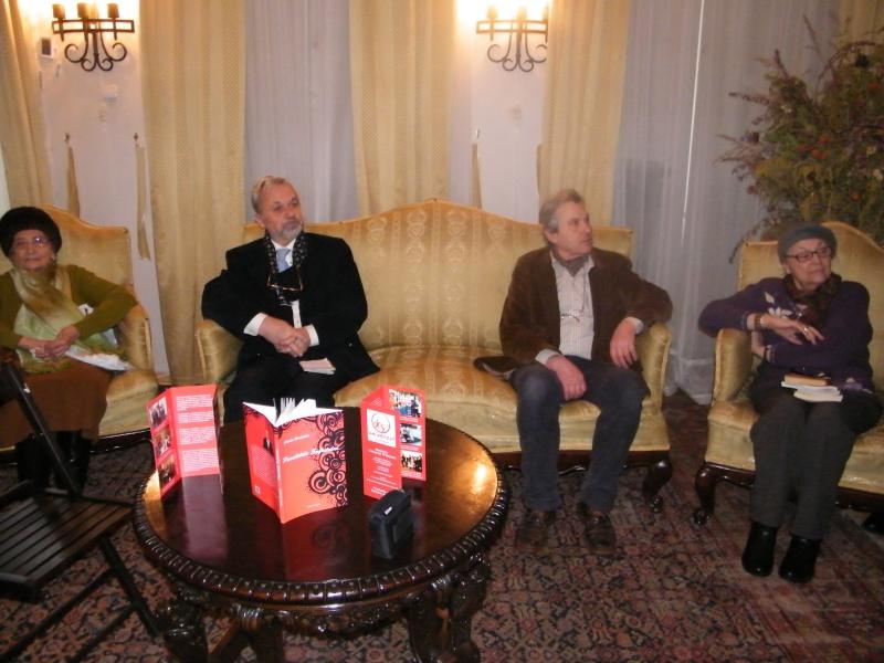 """19 februarie 2011-Sedinta a X-a Cenaclului U.P.-lansare de carte-""""Paralelele Sufletului""""-Florin Stratulat Februa10"""