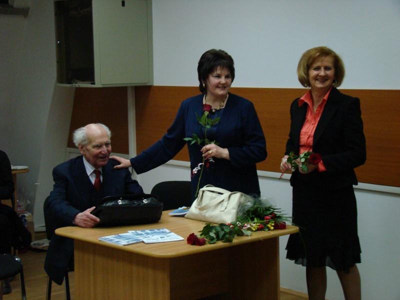 Să  ne amintim de profesorul Alexandru Husar şi să sărbătorim un prieten la 37 ani- Liviu Apetroaie- 29 ianuarie 2011 Profes10