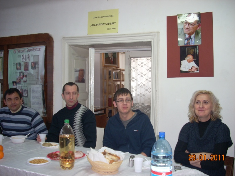 Să  ne amintim de profesorul Alexandru Husar şi să sărbătorim un prieten la 37 ani- Liviu Apetroaie- 29 ianuarie 2011 Sadove16