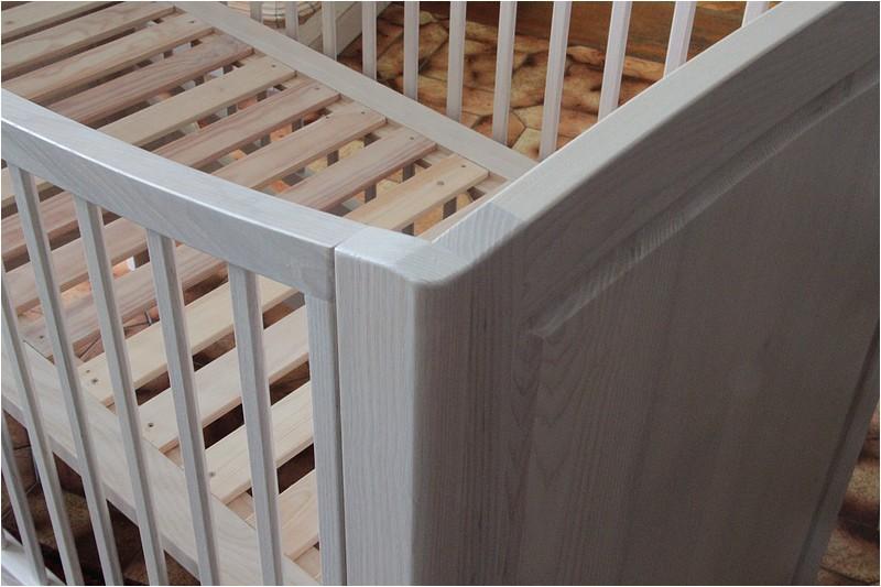 [Réalisation] Un lit pour bébé en 11 étapes. - Page 2 Img_5532