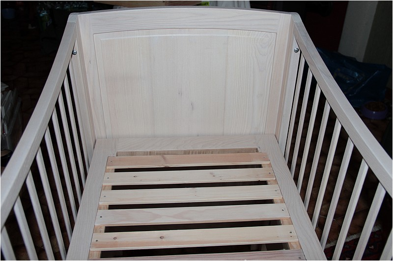 [Réalisation] Un lit pour bébé en 11 étapes. - Page 2 Img_5533