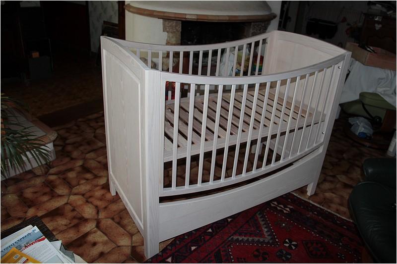 [Réalisation] Un lit pour bébé en 11 étapes. - Page 2 Img_5534