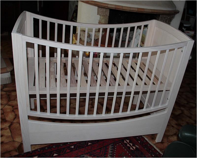 [Réalisation] Un lit pour bébé en 11 étapes. - Page 2 Img_5535