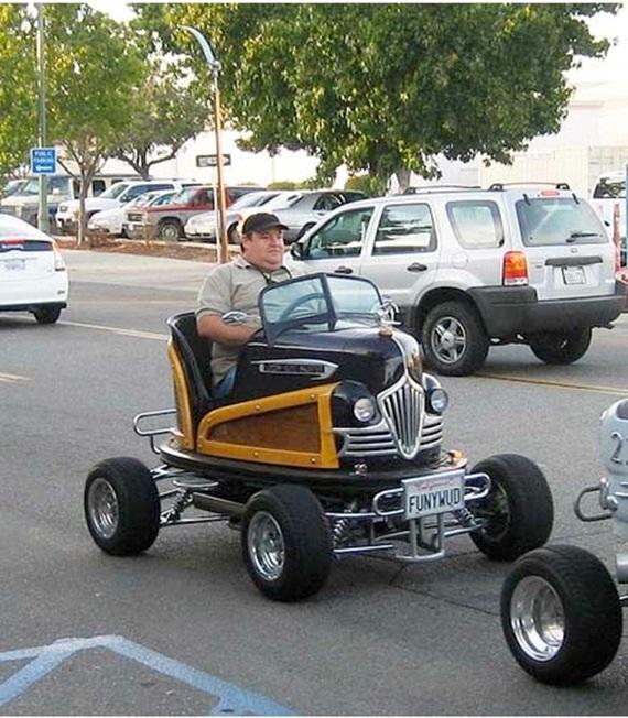Que deviennent les vieilles autos tamponneuses de notre enfance ?...  Cid_b710