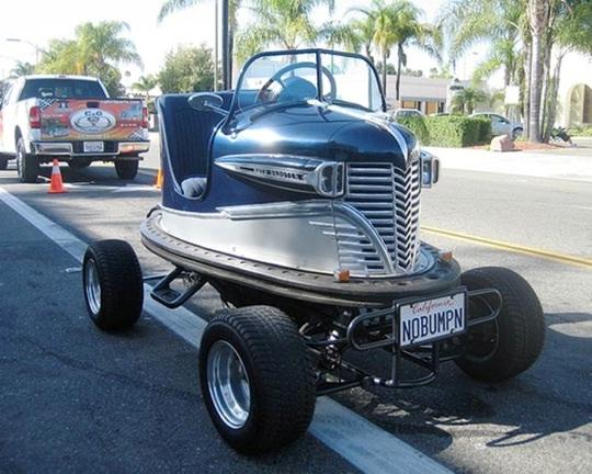 Que deviennent les vieilles autos tamponneuses de notre enfance ?...  Cid_f910