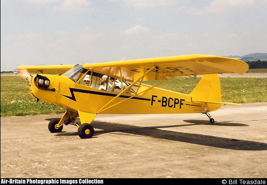 Quels clubs possedent un Piper Cub / J3 en France? - Page 2 12128010