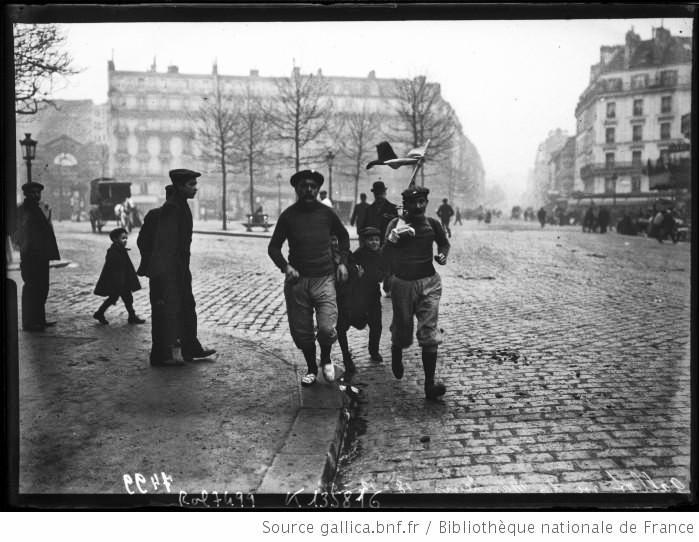"Thanron B propose ""Le roi des marcheurs"" de GALLOTY Gallot12"
