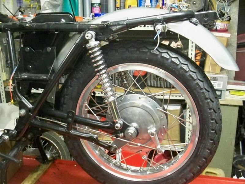 Nouvelle restauration d'une 350 Motoconfort 100_5518