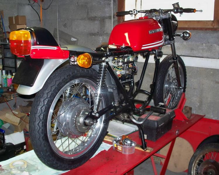 Nouvelle restauration d'une 350 Motoconfort 100_5610