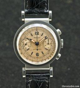 PIECE EXCEPTIONNELLE : TRES RARE Rolex chronograph 2 compteurs, anses articulées, référence 2705, numéro 38325,  acier des années 30; toute signée. 22984210