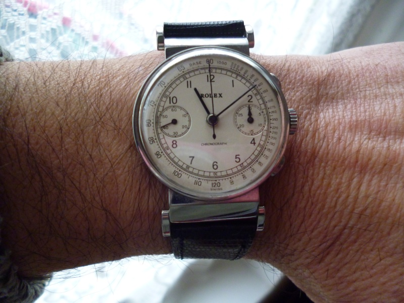 PIECE EXCEPTIONNELLE : TRES RARE Rolex chronograph 2 compteurs, anses articulées, référence 2705, numéro 38325,  acier des années 30; toute signée. Rolex_10