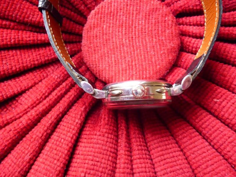 PIECE EXCEPTIONNELLE : TRES RARE Rolex chronograph 2 compteurs, anses articulées, référence 2705, numéro 38325,  acier des années 30; toute signée. Rolex_18