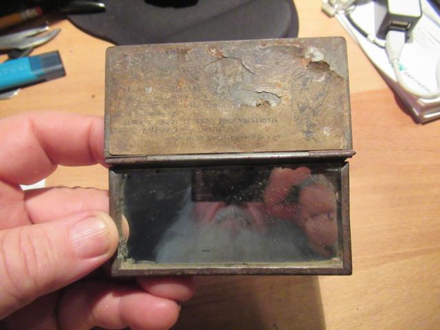 miroir de tranchée ou accessoire d'hygiène Img_0928