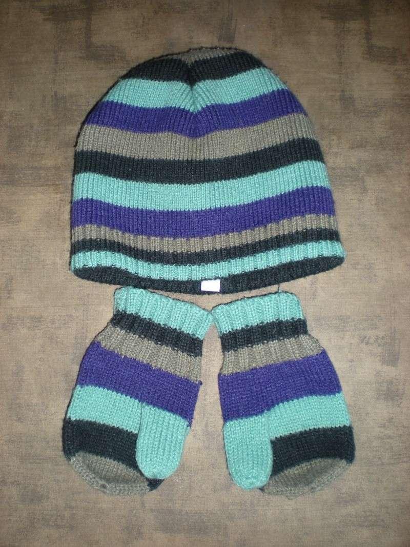 Bonnet et gants assortis 2/3 ans Dscn7710