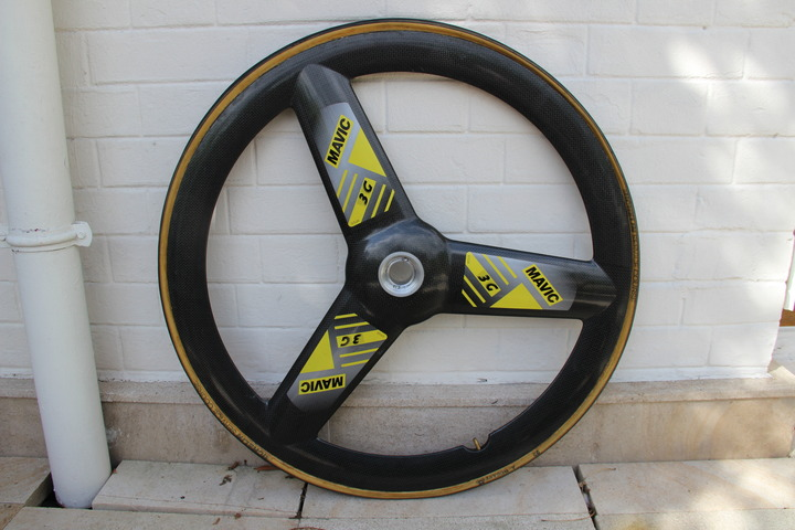 roues vintages profilées 1980 A 2000 - Page 2 8610c410