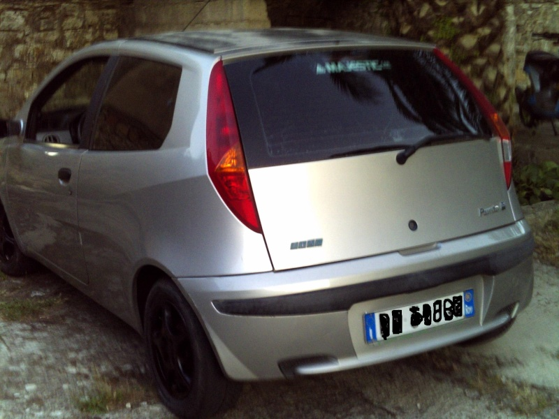 nuovo arrivo...Fiat Punto Mk2 ELX 1.2 8V 60CV 2001 - Pagina 6 Pict0010