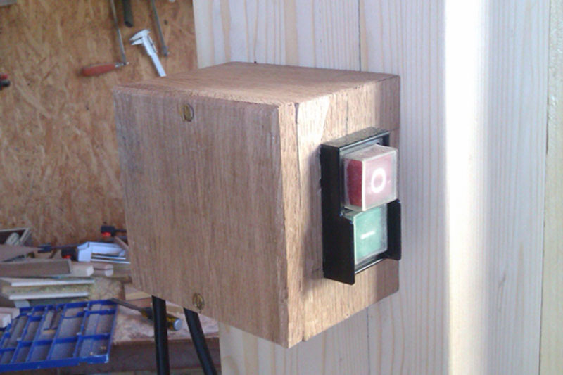 [Fabrication] Scie à ruban en bois - Page 6 Imag2013