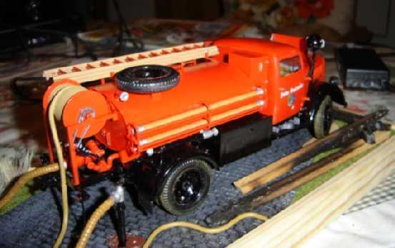Opel Blitz Feuerwehrfahrzeug, M 1:24 Dsc00312