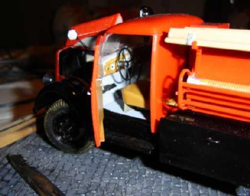 Opel Blitz Feuerwehrfahrzeug, M 1:24 Dsc00313
