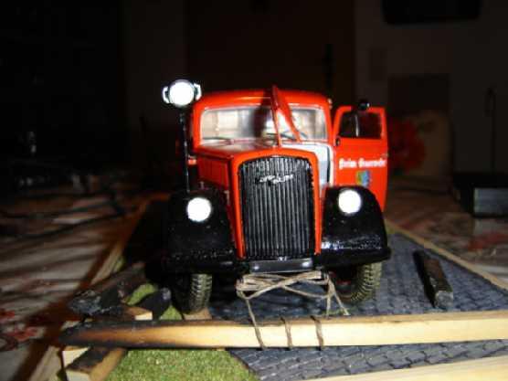 Opel Blitz Feuerwehrfahrzeug, M 1:24 Dsc00315