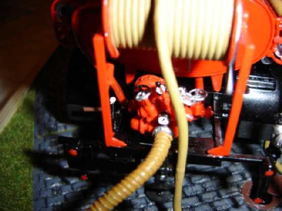 Opel Blitz Feuerwehrfahrzeug, M 1:24 Dsc00317
