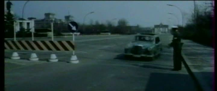 Agent 3 S 3 Massacre au Soleil - 3-S-3, agente especial (Agente 3S3 massacro al sole, 1966) Sergio Sollima Vlcsna77