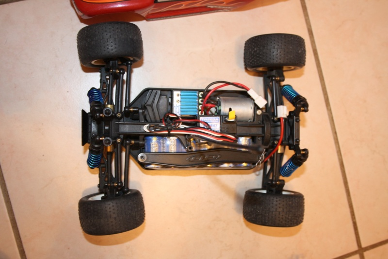Team Asso RC18T Rc18t_14
