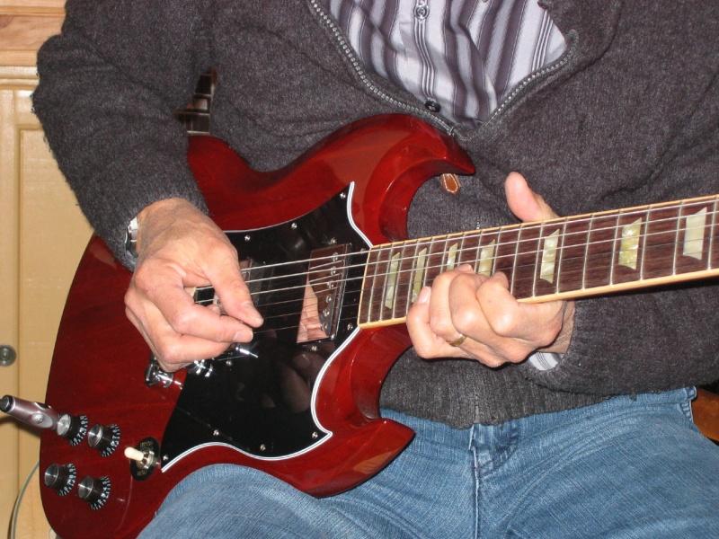 VENDU Gibson SG Standard Divers10