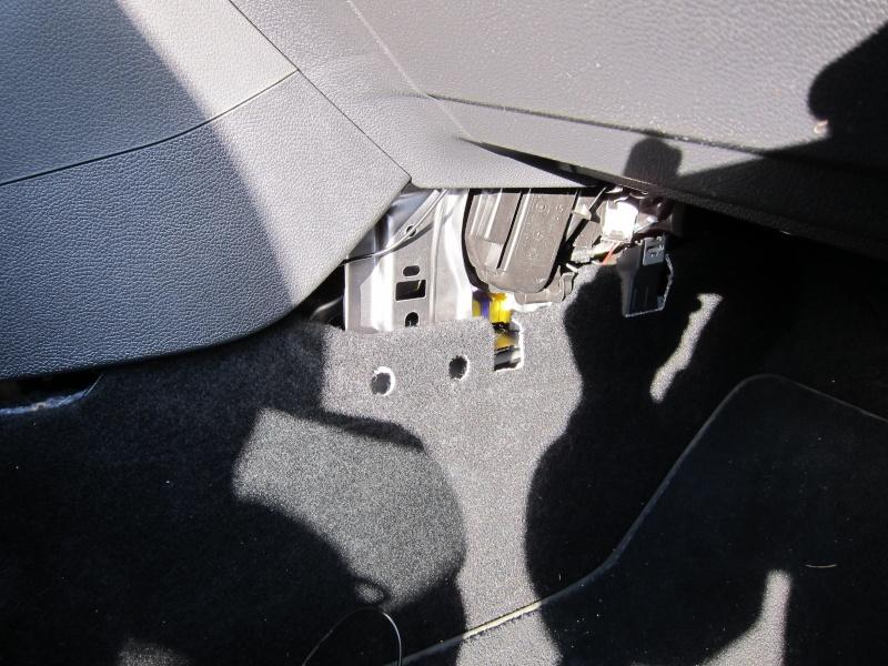 Remplacement du Kit Bluetooth par le Premium II. Img_0012