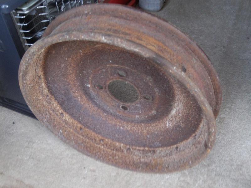 """Recherche Jantes Michelin 11/12x45 pour pneu à tringle ou échange contre 2 à """"Talon""""? File2411"""