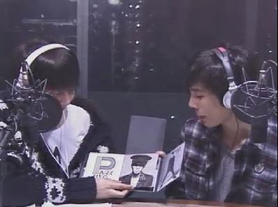 [photos] More photos about Hyung Jun Music High (01-02-2011) 18067710