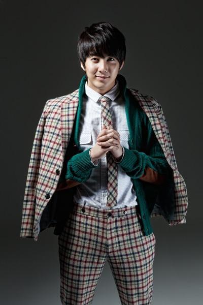 [photo] Hyung Jun on Jisin Magazine Magazi10