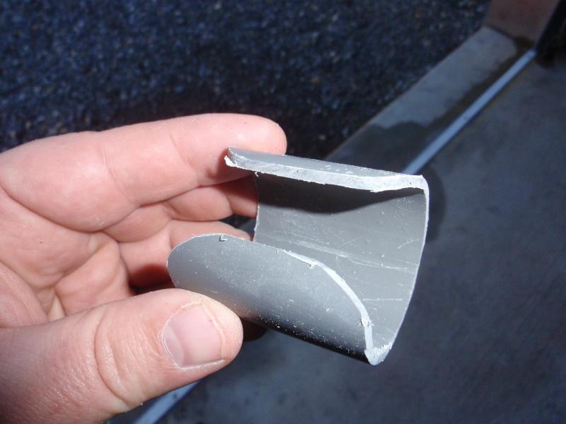 fabrication d'un porte canne pour float tube P3200413