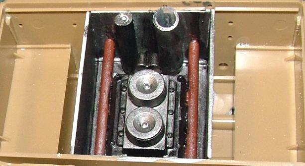 STURMTIGER [ TAMIYA 177 ] +Photodécoupe [ EDUARD 35381 & 35366]  (Montage en cours) - Page 4 Dscf0646