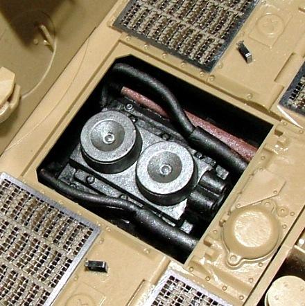 STURMTIGER [ TAMIYA 177 ] +Photodécoupe [ EDUARD 35381 & 35366]  (Montage en cours) - Page 4 Dscf0711