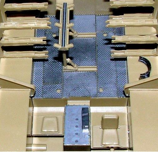 STURMTIGER [ TAMIYA 177 ] +Photodécoupe [ EDUARD 35381 & 35366]  (Montage en cours) - Page 5 Dscf0811