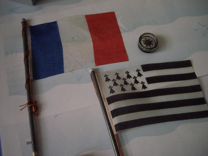 Remorqueur portuaire CAP SIZUN au 1/25è   - Page 7 010310