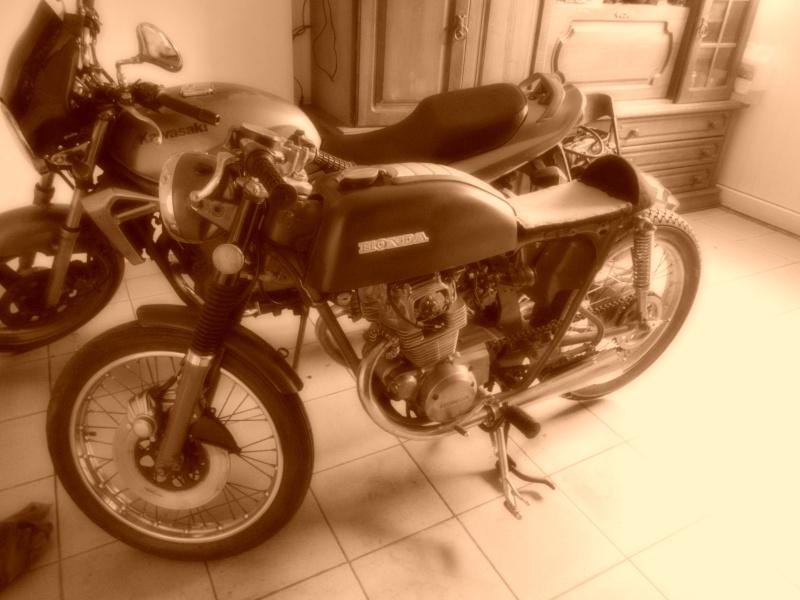 honda CB 250 '70 Dscn0711