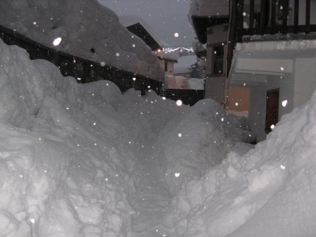 Photos de neige, dans le massif du Mont Blanc - Page 2 Img_1110