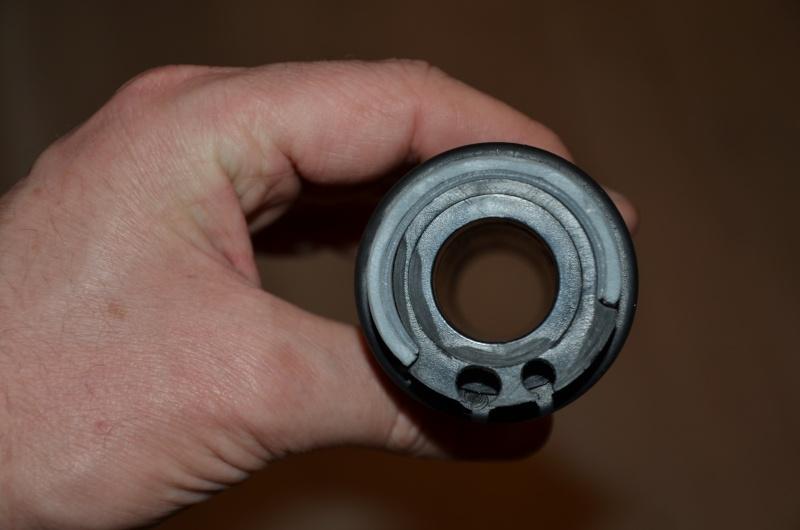 Raccourcir la course du câble des gaz sur la poigné d'origine! Dsc_4537