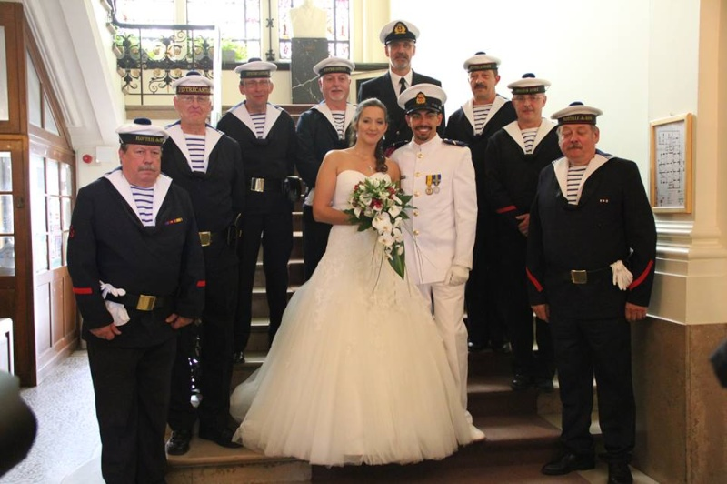 Torpilleurs et active à la composante Marine se marie ,,, 12343910