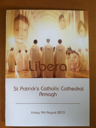 Armagh concert & tournage de DVD : 9 Août 2013 - Page 2 Broxo410