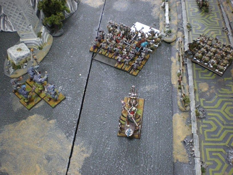 [2000 pts] Le Raid sur Karak Stromril- Vlad attaque une forteresse naine Charge11