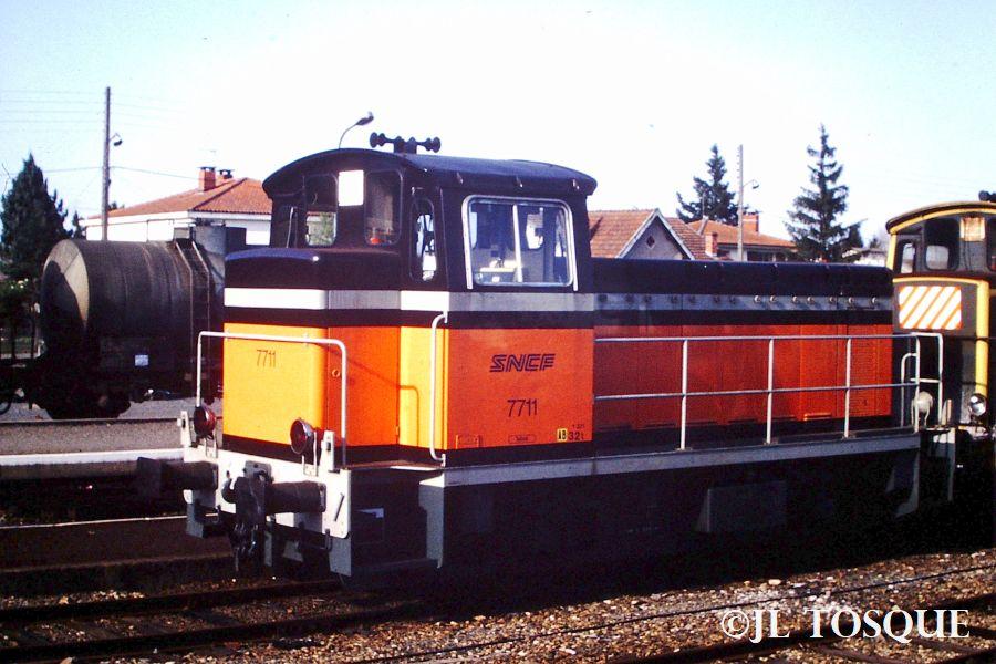 Y7400 : Locotracteur ancien Y-740015
