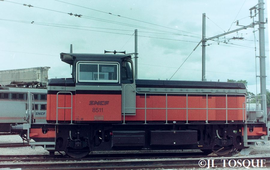 Y8400 : Locotracteur ancien Y-840011