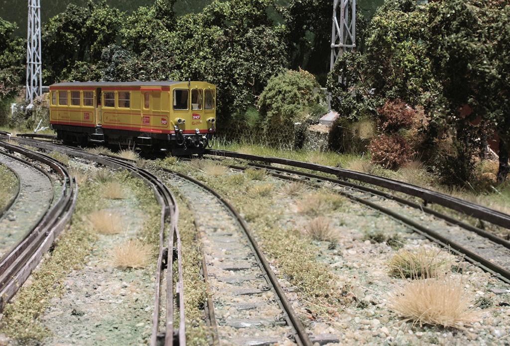Tren groc à VVB - Page 13 Z_105_10