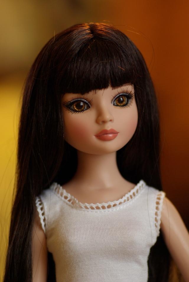 Mon Ellowyne essential brunette (Hellebore) Ello11