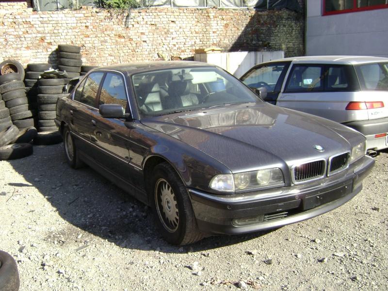 Mon autre: BMW 730i Fjordgrau de 1995 - Page 2 Dsc00011